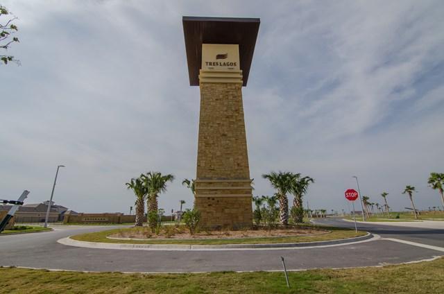 4516 Estancia Pkwy, Mcallen, TX 78504 (MLS #215400) :: Jinks Realty