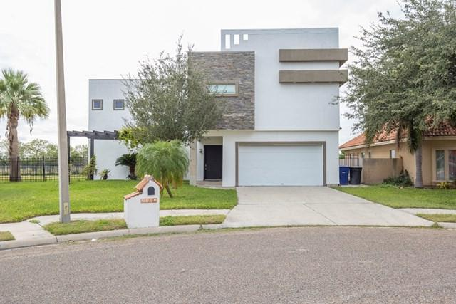 2324 S 48th Lane, Mcallen, TX 78501 (MLS #215462) :: The Ryan & Brian Real Estate Team