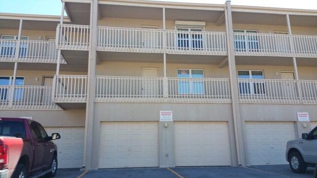 115 E Coronado, South Padre Island, TX 78597 (MLS #215711) :: The Deldi Ortegon Group and Keller Williams Realty RGV
