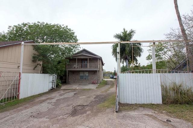 1325 Honeydale Road, Brownsville, TX 78520 (MLS #215767) :: Jinks Realty