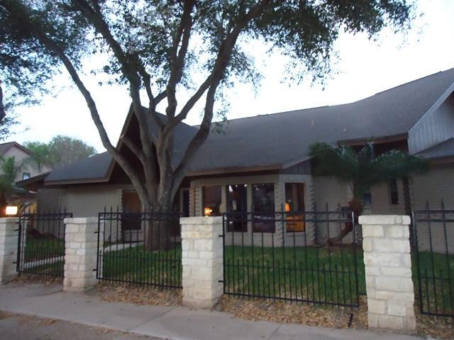 4508 N 11th Street, Mcallen, TX 78504 (MLS #215866) :: The Deldi Ortegon Group and Keller Williams Realty RGV