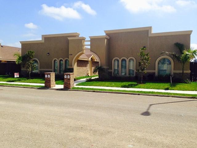 4722 N Dogwood Street #3, Pharr, TX 78577 (MLS #215871) :: The Deldi Ortegon Group and Keller Williams Realty RGV