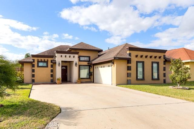 2404 S Hibiscus Street, Pharr, TX 78577 (MLS #215909) :: Jinks Realty