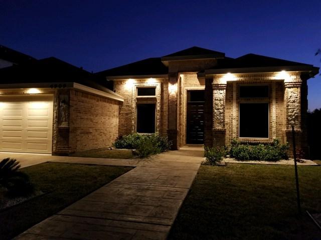 4909 Kendlewood Avenue, Mcallen, TX 78501 (MLS #215924) :: Jinks Realty