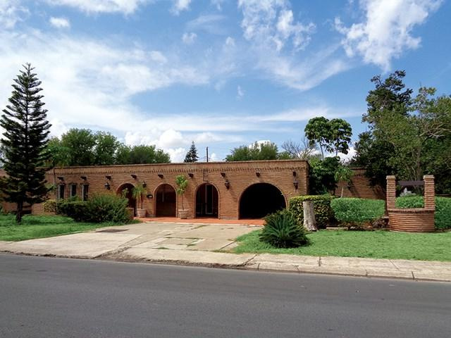 921 N 27th Street, Mcallen, TX 78501 (MLS #216031) :: Jinks Realty