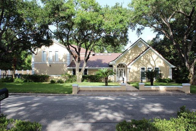 1217 S Cynthia Street, Mcallen, TX 78501 (MLS #216145) :: The Ryan & Brian Team of Experts Advisors