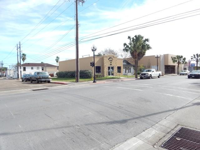 801 E Washington, Brownsville, TX 78520 (MLS #216479) :: Top Tier Real Estate Group