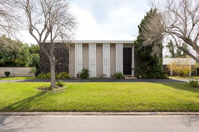 1509 W Iris Avenue, Mcallen, TX 78501 (MLS #216825) :: The Lucas Sanchez Real Estate Team