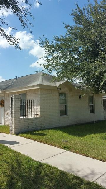 909 English Avenue A,B,C,D, Edinburg, TX 78541 (MLS #217307) :: The Ryan & Brian Team of Experts Advisors