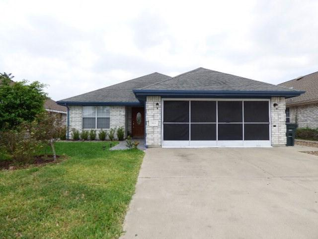 909 Lake View Drive, Mission, TX 78572 (MLS #217414) :: Jinks Realty