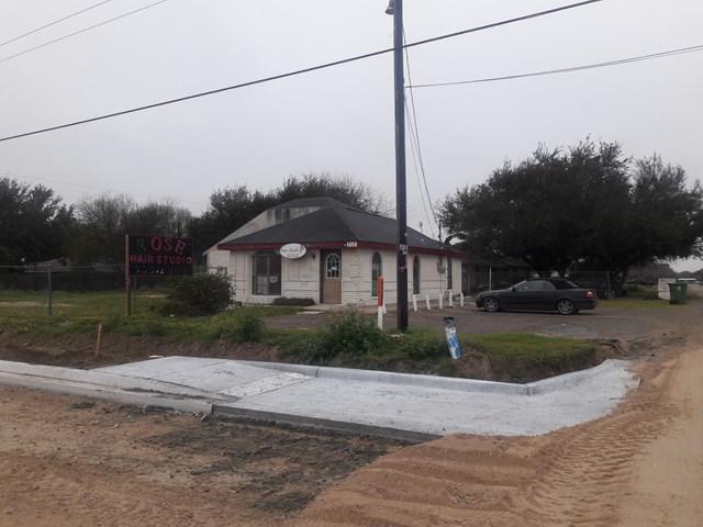 717 Rachel Drive, Mission, TX 78574 (MLS #217605) :: The Lucas Sanchez Real Estate Team
