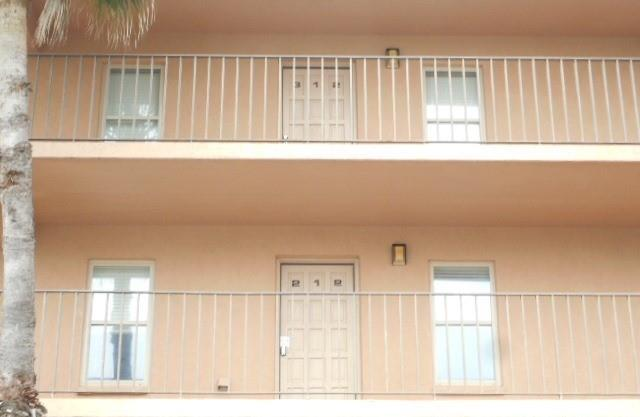 2401 Gulf Blvd #212, South Padre Island, TX 78597 (MLS #218337) :: Jinks Realty