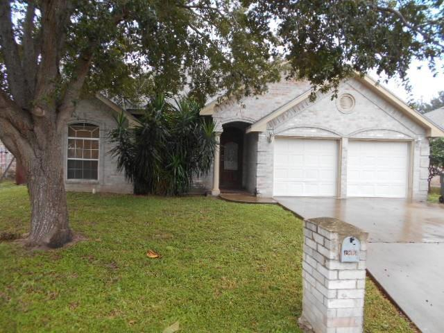1814 Crown Pointe Blvd, Mission, TX 78572 (MLS #218414) :: The Deldi Ortegon Group and Keller Williams Realty RGV