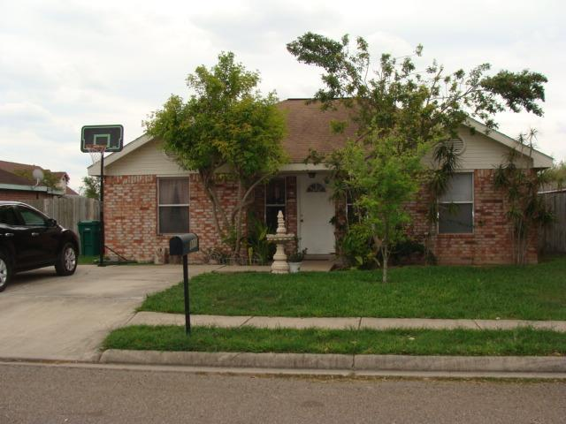 811 W Dipper Avenue, Pharr, TX 78577 (MLS #218415) :: The Deldi Ortegon Group and Keller Williams Realty RGV