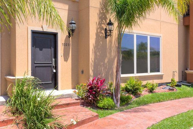 7029 N 3rd Street, Mcallen, TX 78501 (MLS #218477) :: The Deldi Ortegon Group and Keller Williams Realty RGV