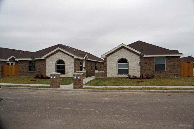 3805 S Fairmont Avenue #32, Pharr, TX 78577 (MLS #218708) :: Jinks Realty