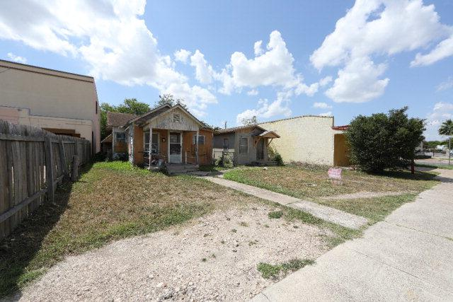 602 604 S 15th Street, Mcallen, TX 78501 (MLS #219247) :: Jinks Realty