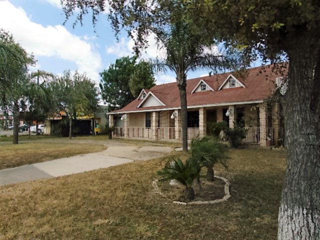3721 N Veterans Blvd, Pharr, TX 78577 (MLS #219359) :: The Lucas Sanchez Real Estate Team