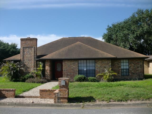 2909 Goldcrest Avenue, Mcallen, TX 78504 (MLS #220136) :: Jinks Realty