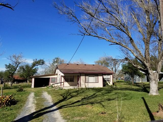 6346 N Mile 17 1/2, Edcouch, TX 78538 (MLS #220305) :: The Lucas Sanchez Real Estate Team