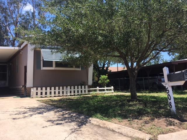 508 W Loop 19th, Weslaco, TX 78596 (MLS #220681) :: The Deldi Ortegon Group and Keller Williams Realty RGV