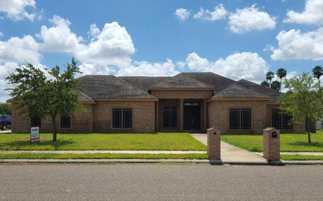 206 Beverly Hills Lane, Edinburg, TX 78542 (MLS #220765) :: The Deldi Ortegon Group and Keller Williams Realty RGV