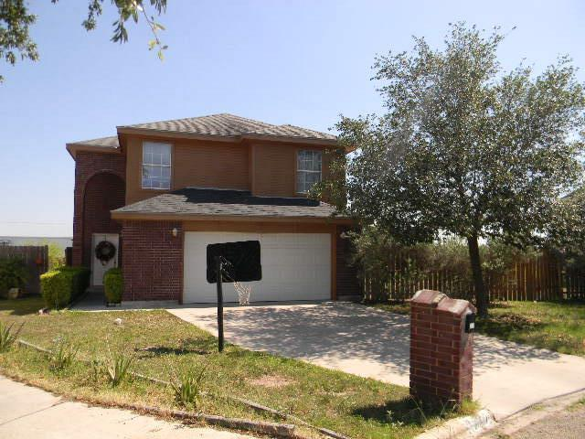 3227 Black Oak Lane, Mission, TX 78573 (MLS #221037) :: Jinks Realty