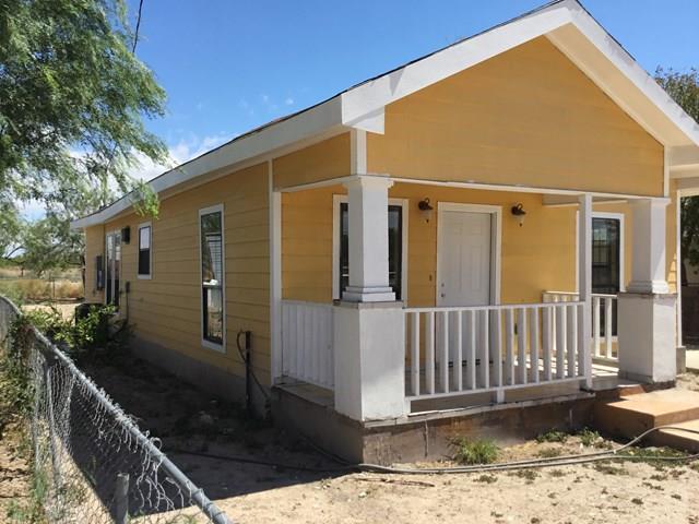 405 N Clarke Street, Rio Grande City, TX 78582 (MLS #221207) :: Jinks Realty