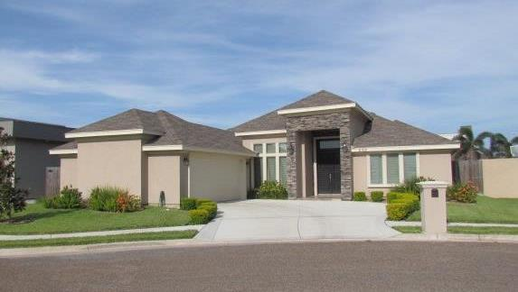 2103 S Erica Street, Pharr, TX 78577 (MLS #221388) :: Jinks Realty