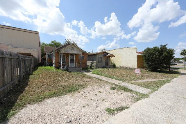 602 604 S 15th Street, Mcallen, TX 78501 (MLS #221619) :: Jinks Realty