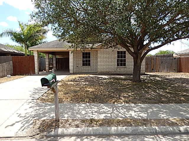1805 Salinas Drive, Mission, TX 78572 (MLS #221642) :: Jinks Realty