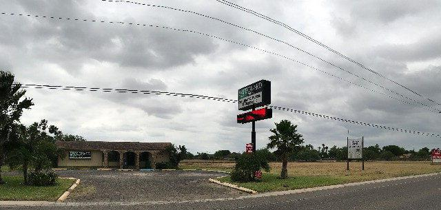 3003 S Cage Blvd, Pharr, TX 78577 (MLS #221788) :: The Lucas Sanchez Real Estate Team
