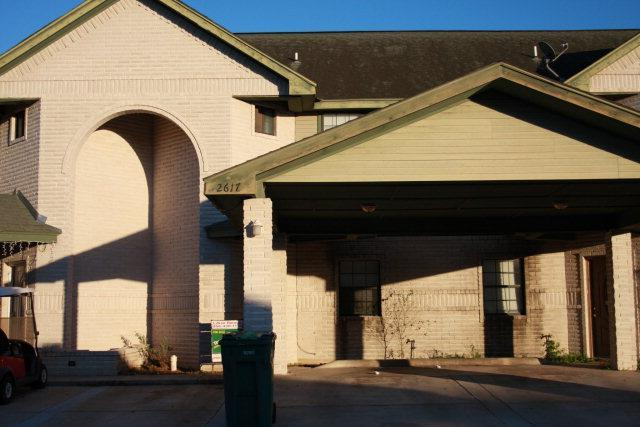 2617 Melanie Drive, Pharr, TX 78577 (MLS #222391) :: The Deldi Ortegon Group and Keller Williams Realty RGV