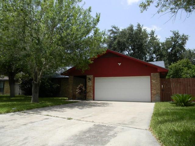 1700 Goldcrest Avenue, Mcallen, TX 78504 (MLS #222690) :: Jinks Realty