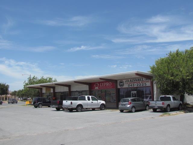 924 E Bridge Avenue, Hidalgo, TX 78557 (MLS #222728) :: The Ryan & Brian Real Estate Team