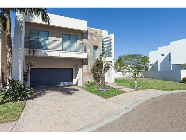 2308 S 43rd Street S, Mcallen, TX 78503 (MLS #300543) :: The Ryan & Brian Real Estate Team