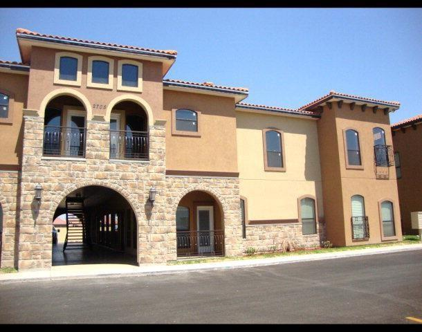 2705 Mimosa Drive Apt #7, Mission, TX 78574 (MLS #300857) :: The Lucas Sanchez Real Estate Team