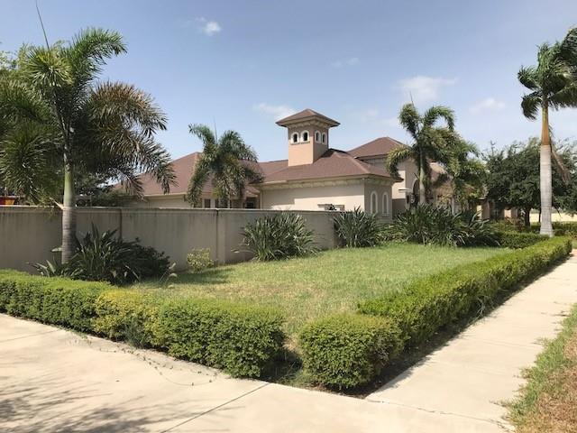 1304 La Cantera Avenue, Mcallen, TX 78503 (MLS #300921) :: The Lucas Sanchez Real Estate Team