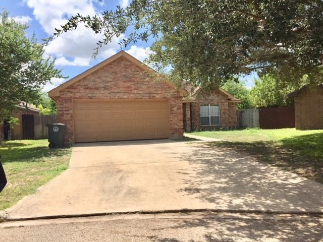 2316 E 20th Street, Mission, TX 78572 (MLS #302732) :: Berkshire Hathaway HomeServices RGV Realty