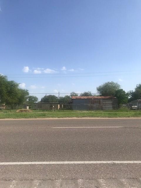 2714 E University Drive, Edinburg, TX 78542 (MLS #302776) :: The Lucas Sanchez Real Estate Team