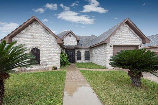 208 Denise Circle, La Joya, TX 78560 (MLS #302964) :: The Ryan & Brian Real Estate Team