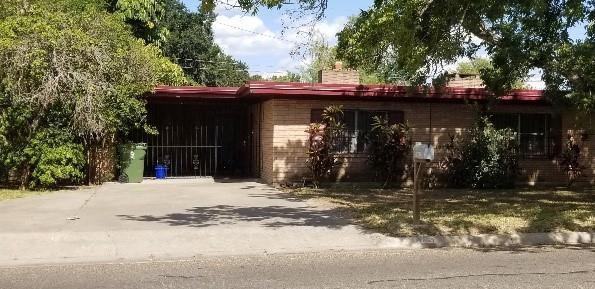 705 S Border Avenue S, Weslaco, TX 78596 (MLS #303171) :: The Ryan & Brian Real Estate Team