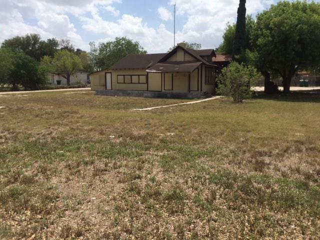 122 E Sam Houston Boulevard, Pharr, TX 78577 (MLS #303232) :: The Lucas Sanchez Real Estate Team