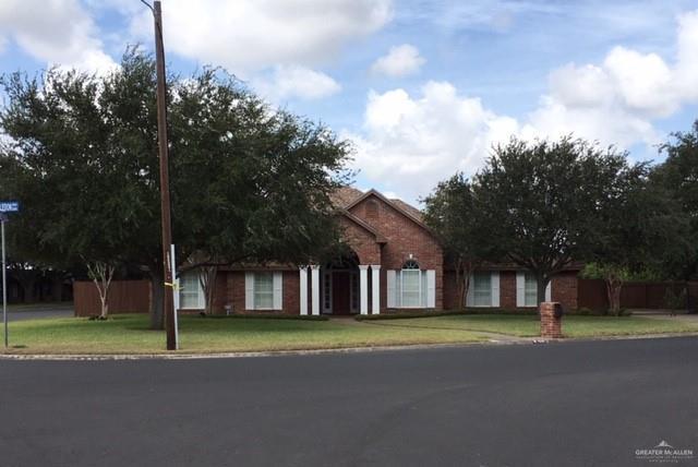 2322 N Wimbledon Drive, Weslaco, TX 78596 (MLS #303472) :: The Ryan & Brian Real Estate Team