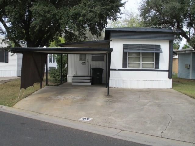 1309 Breezy Drive, Mission, TX 78572 (MLS #303508) :: The Lucas Sanchez Real Estate Team