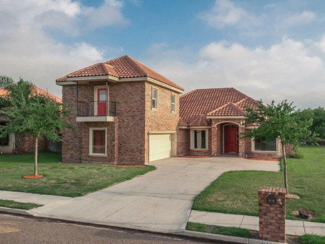 3115 N Iris Avenue, Edinburg, TX 78539 (MLS #304036) :: The Ryan & Brian Real Estate Team