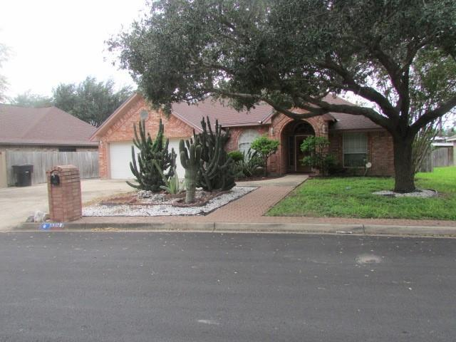 6013 N 36th Lane N, Mcallen, TX 78504 (MLS #304046) :: The Lucas Sanchez Real Estate Team