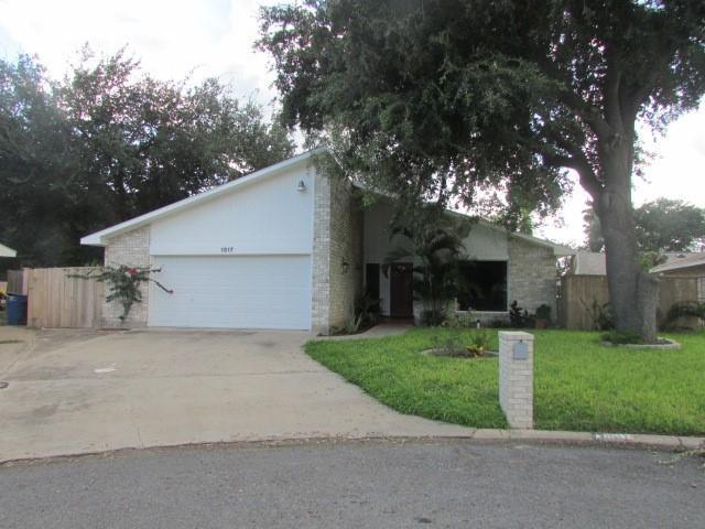 1517 N Nightingale Avenue, Mcallen, TX 78504 (MLS #304195) :: eReal Estate Depot