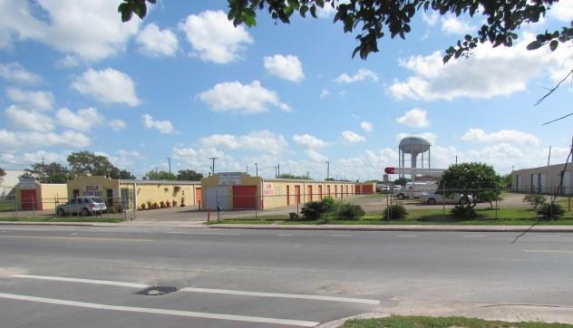 2300 N Cypress Street, Pharr, TX 78577 (MLS #304934) :: The Ryan & Brian Real Estate Team