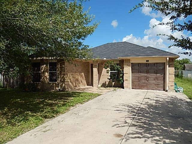 406 Chile Pequin Drive, Donna, TX 78537 (MLS #305146) :: The Lucas Sanchez Real Estate Team